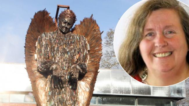 Cllr Myfanwy Alexander praised the Knife Angel's impact on young people. (Images: Rob Davies/CountyTimes/Powys County Council)