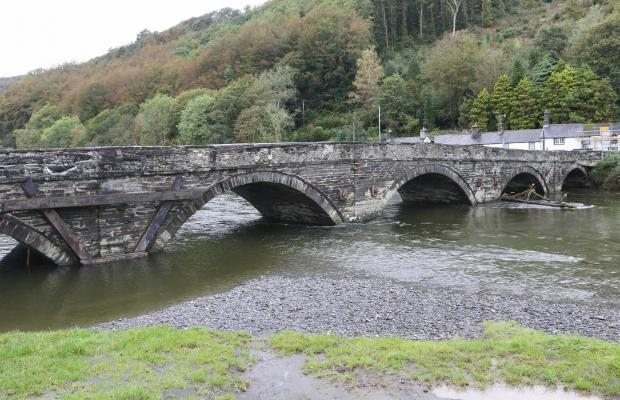 County Times: Dyfi Bridge, Machynlleth..Picture by Phil Blagg..PB492-2019-2.