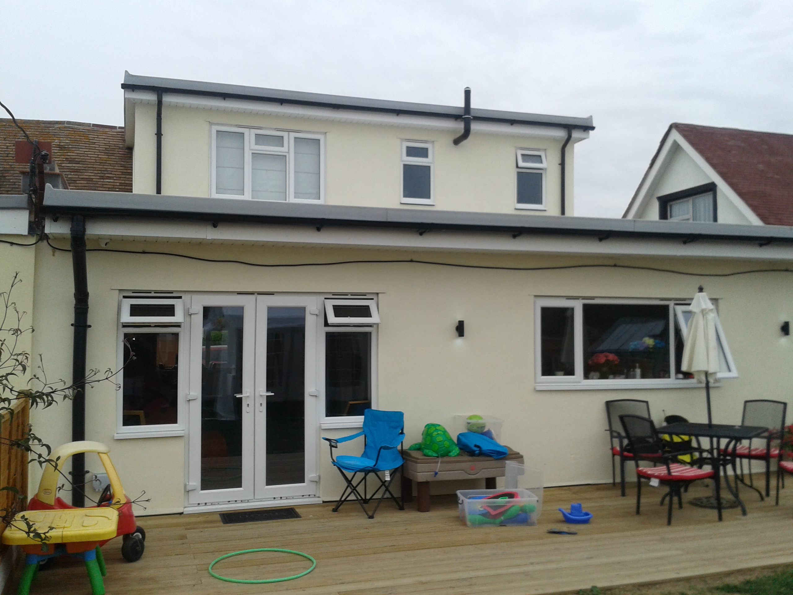 Canvey In & Out Builders