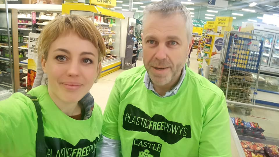 Powys Green and Plaid Cymru county Councillors Emily Durrant and Elwyn Vaughan at Newtown Tesco as part of the rid Powys of plastic campaign.