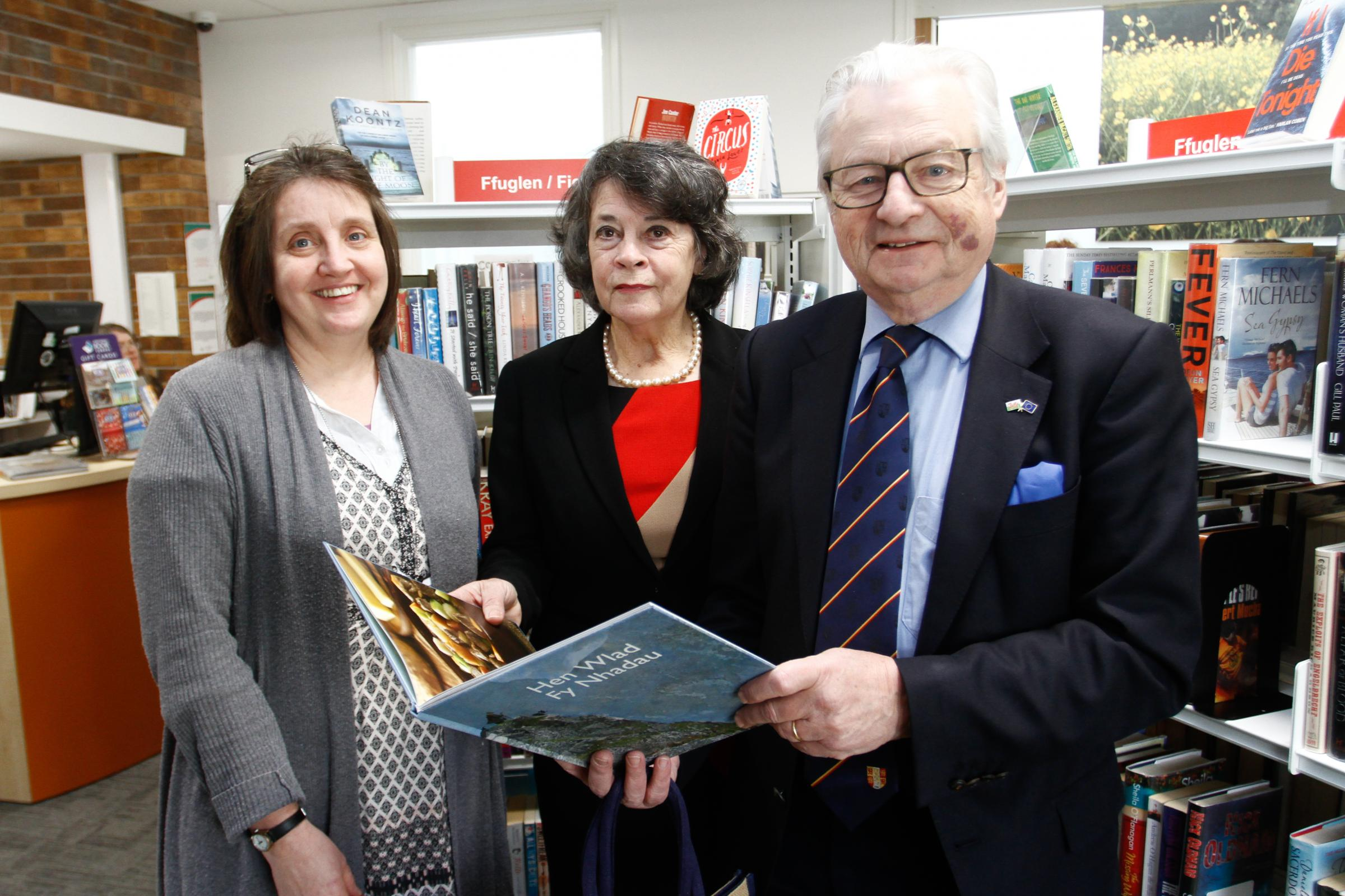Staff librarian Hannah Isaacson, Leader of Powys County Council Rosemary Harris and culture and tourism minister Lord Dafydd Elis-Thomas AM  at the official opening of Knighton Library on Thursday, February 15, 2018...Pic: Mike Sheridan/County Times.MS012
