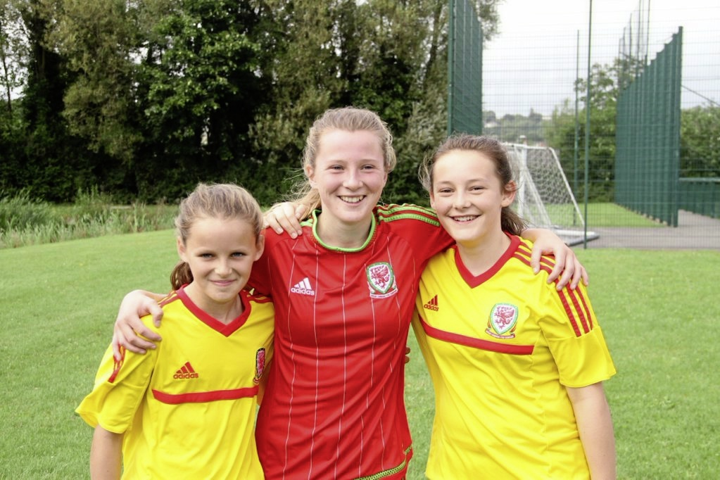 Libby Isaac, Carrie Jones and Maria Francis-Jones. (FL)