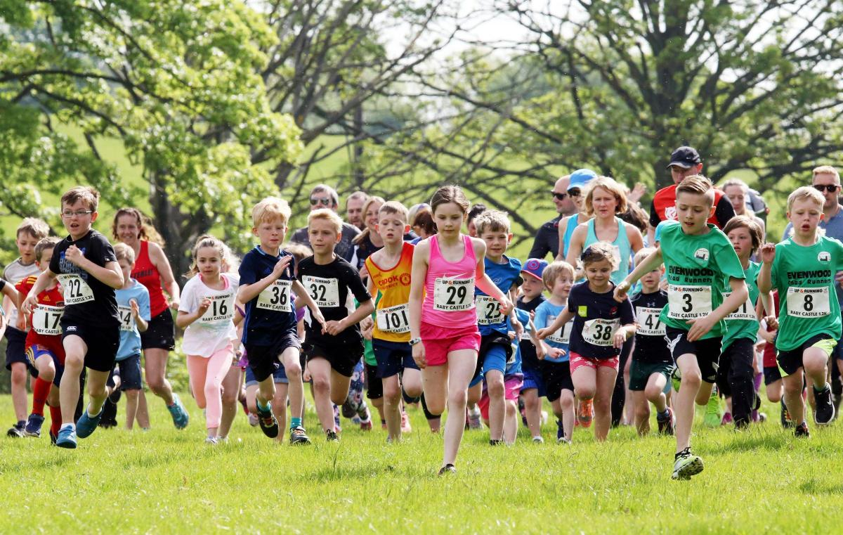 Annual Run At Raby Castle Near Staindrop County Times