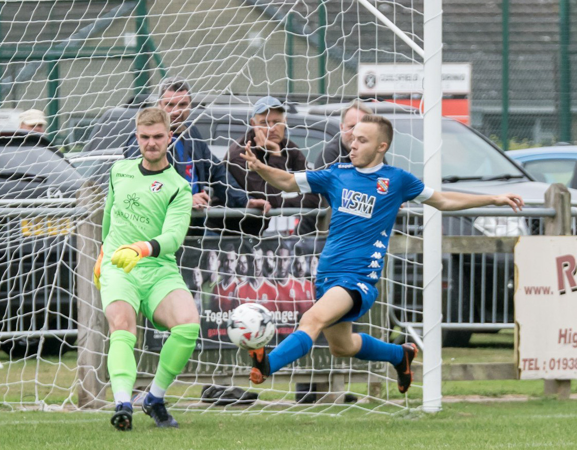 Goalkeeper Mike Jones in action last week. Picture by Ian Francis.